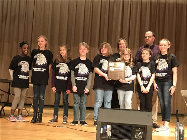 Mountain View Team Wins Elementary Battle of the Books Competition